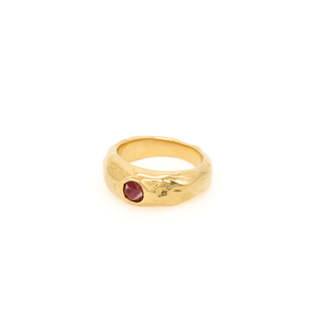 The Melty Ring with Red Garnet Gold