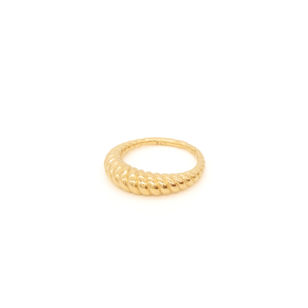 Hestia Ring Gold