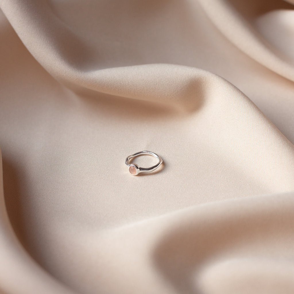 Hemera Ring with Peach Moonstone Silver