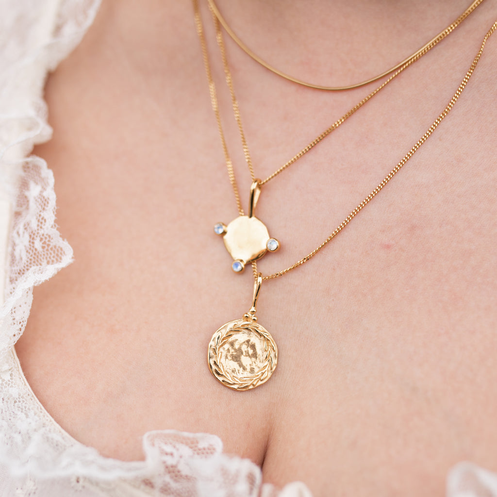 Plant Lover Necklace Gold