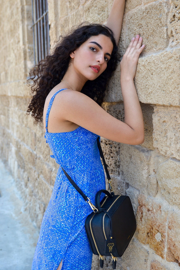 Noa from Style with a Smile wearing black vegan crossbody bag