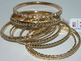 Cheap Bracelet Jewelry That Can Be Dangerous To Your Health