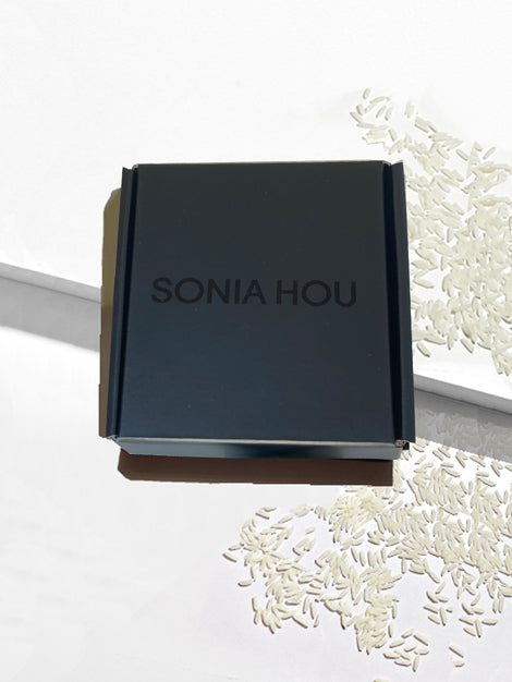 Sonia Hou Jewelry black matte shiny gift box