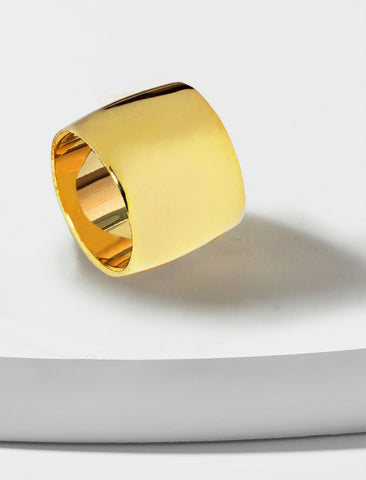 RICH THICK BAND RING | 18K GOLD VERMEIL