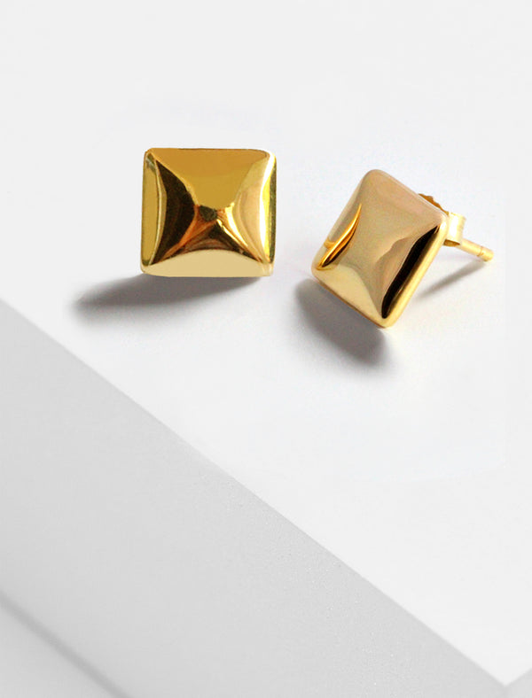 SQUARE 18K GOLD VERMEIL STUD EARRINGS