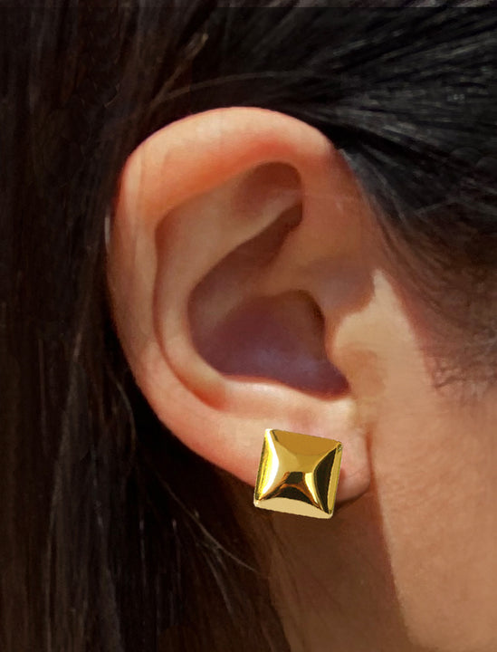 Female model wearing Square Earrings in 18K Gold Vermeil by Sonia Hou Jewelry