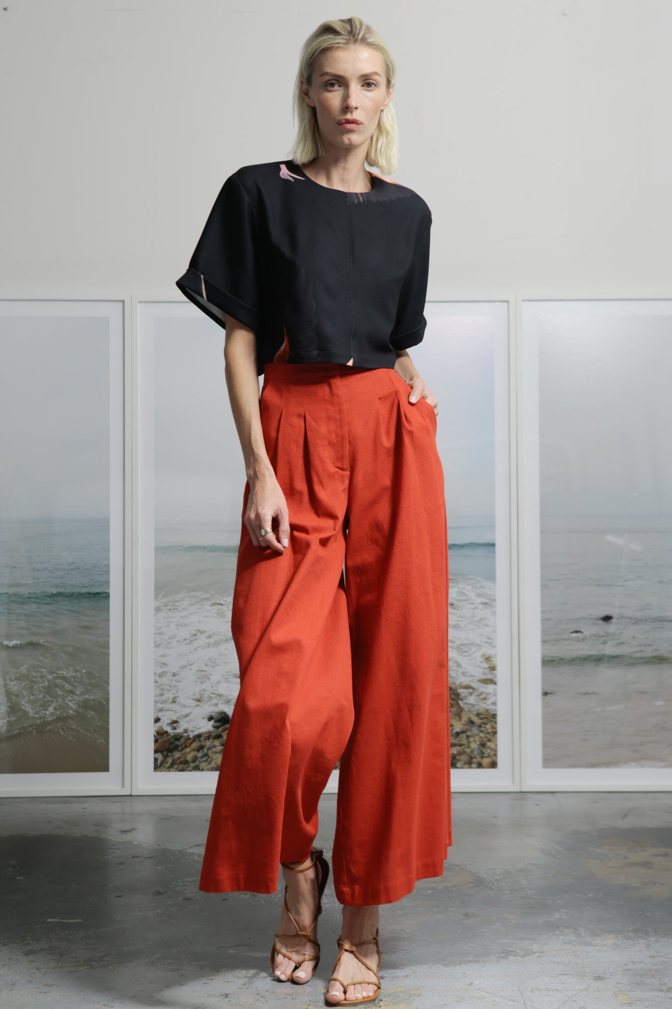 FLAREUP TROUSER - RED