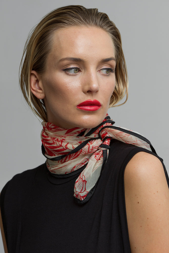 BIRD PRINT SCARF - RED