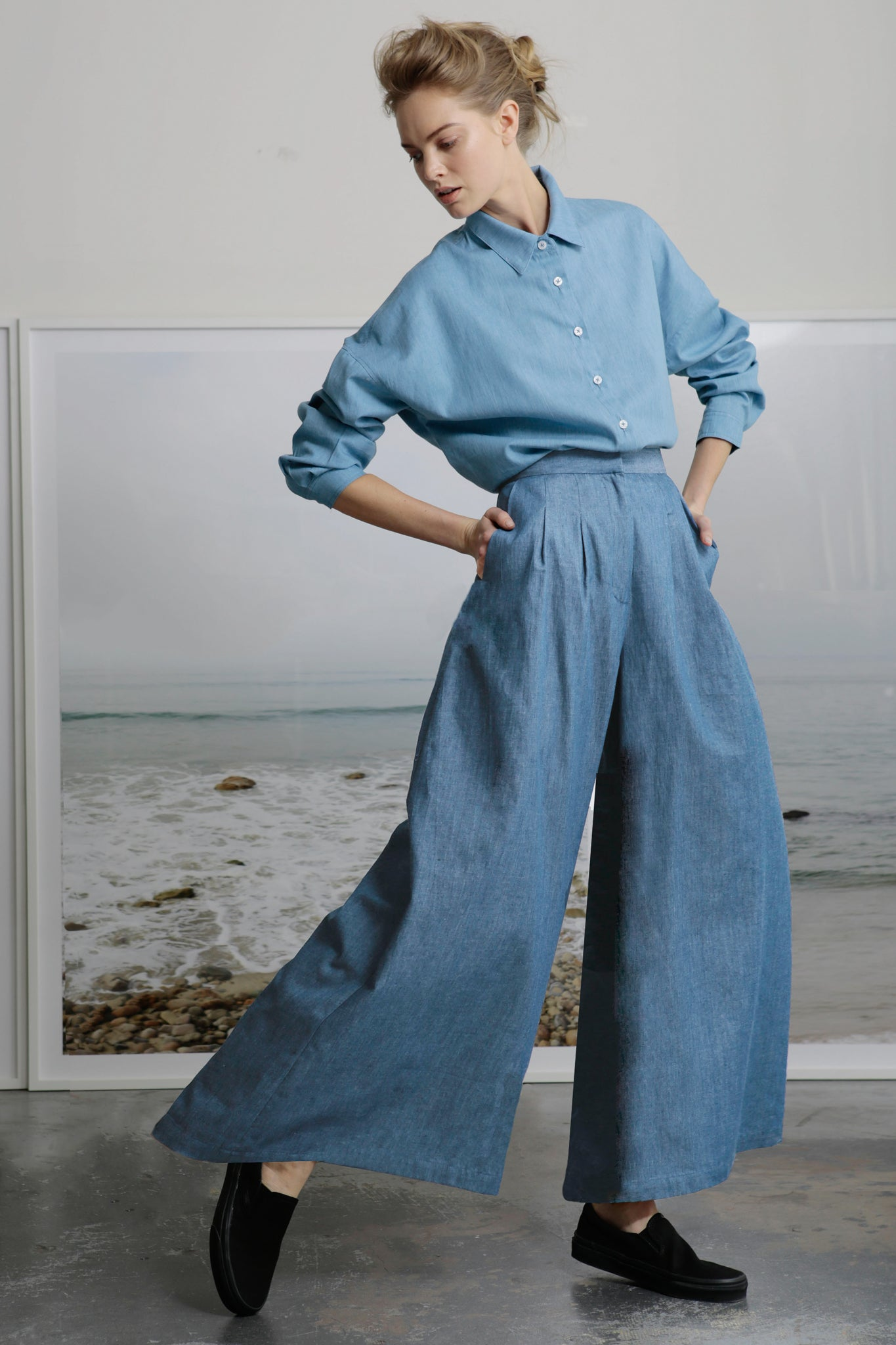 FLAREUP TROUSER - LIGHT CHAMBRAY