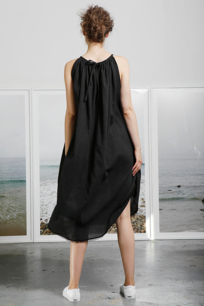 MANTLE DRESS - BLACK