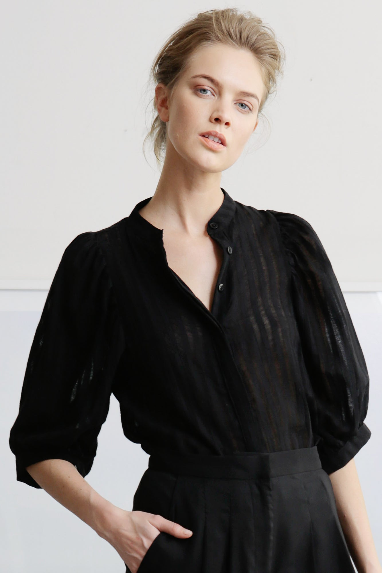 CERES TOP - BLACK