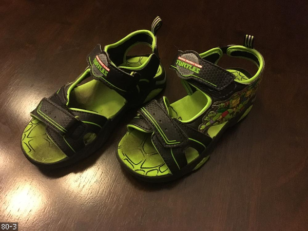 Teenage Mutant ninja turtles light up sandals