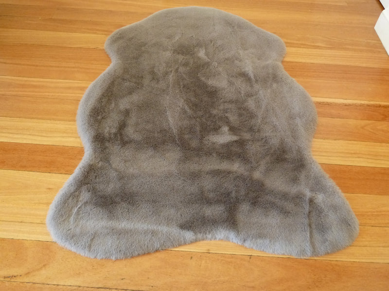 Grey Sheepskin look Ultra Soft Faux Fur Luxurious Modern Rug Floor Mat