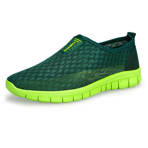 2017 New Mens Shoes Breathable Mesh Male Water Beach Shoes Walking Super Light Jogging Summer Slip On Shoes Men Running Shoes