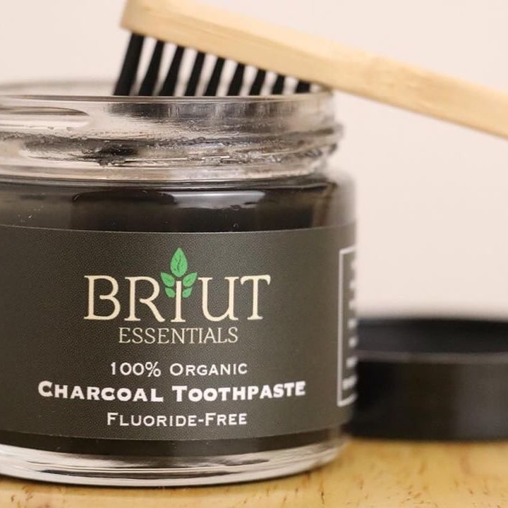 The Benefits of Switching to Natural Tooth Care Products