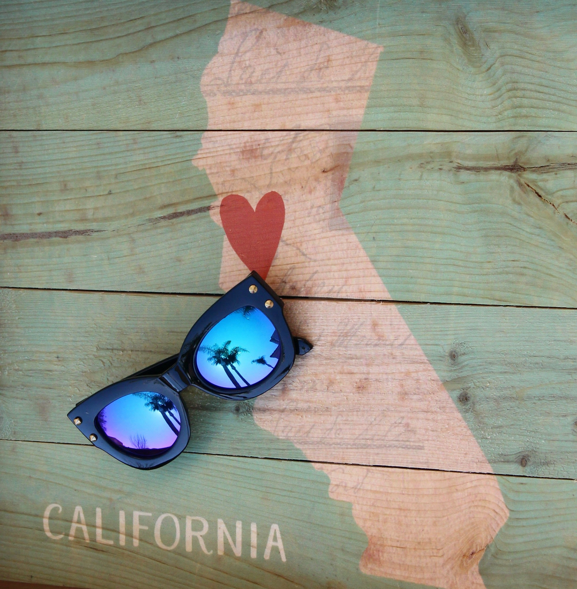 SoCal Sunnies Starter Collection of Women's Fashion Sunglasses