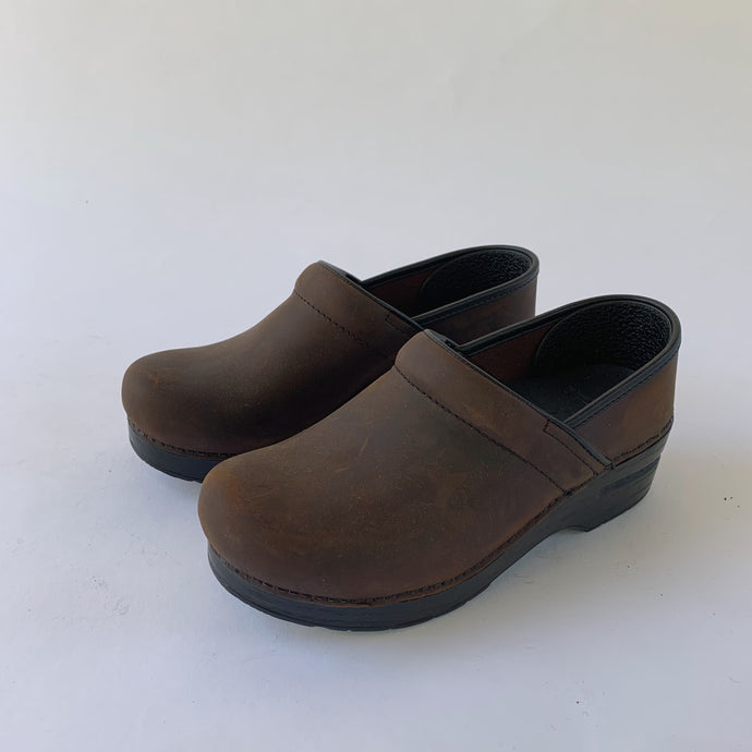Dansko | Professional Clog in Antique Brown/Black