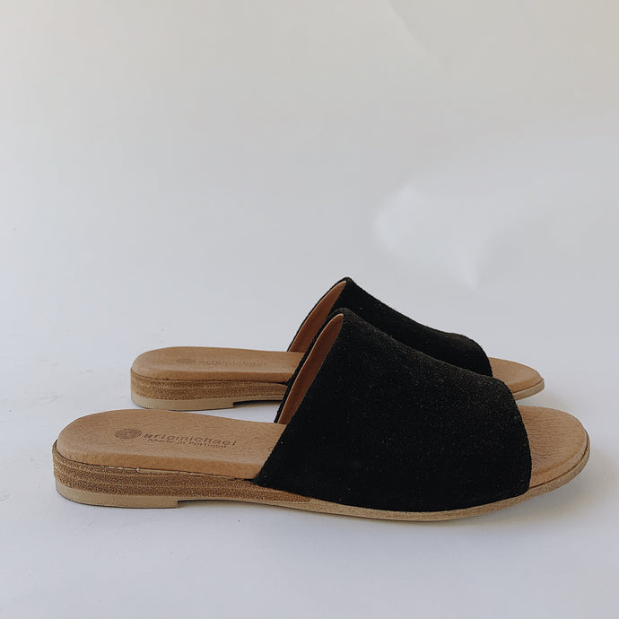 Eric Michael | Suede Slide in Black