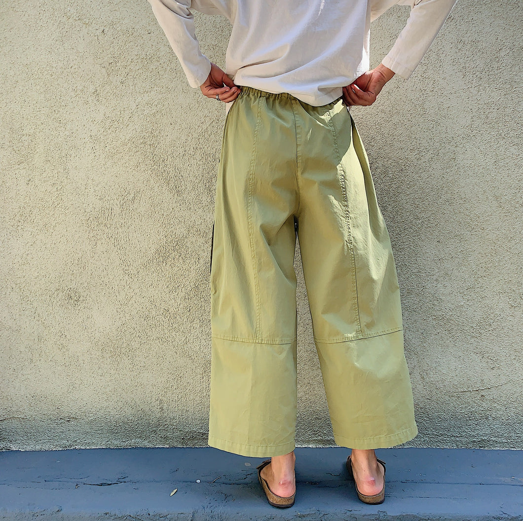 eleven stitch four pocket pant on model back view
