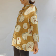 Load image into Gallery viewer, Close up side view of the Mona Lisa Dandelion Print Button Down top in mustard.