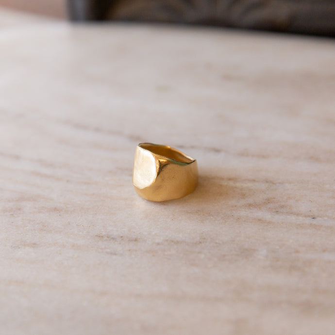 front view of gold aubrey ring handmade by takara