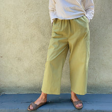 Load image into Gallery viewer, eleven stitch four pocket pant on model front view