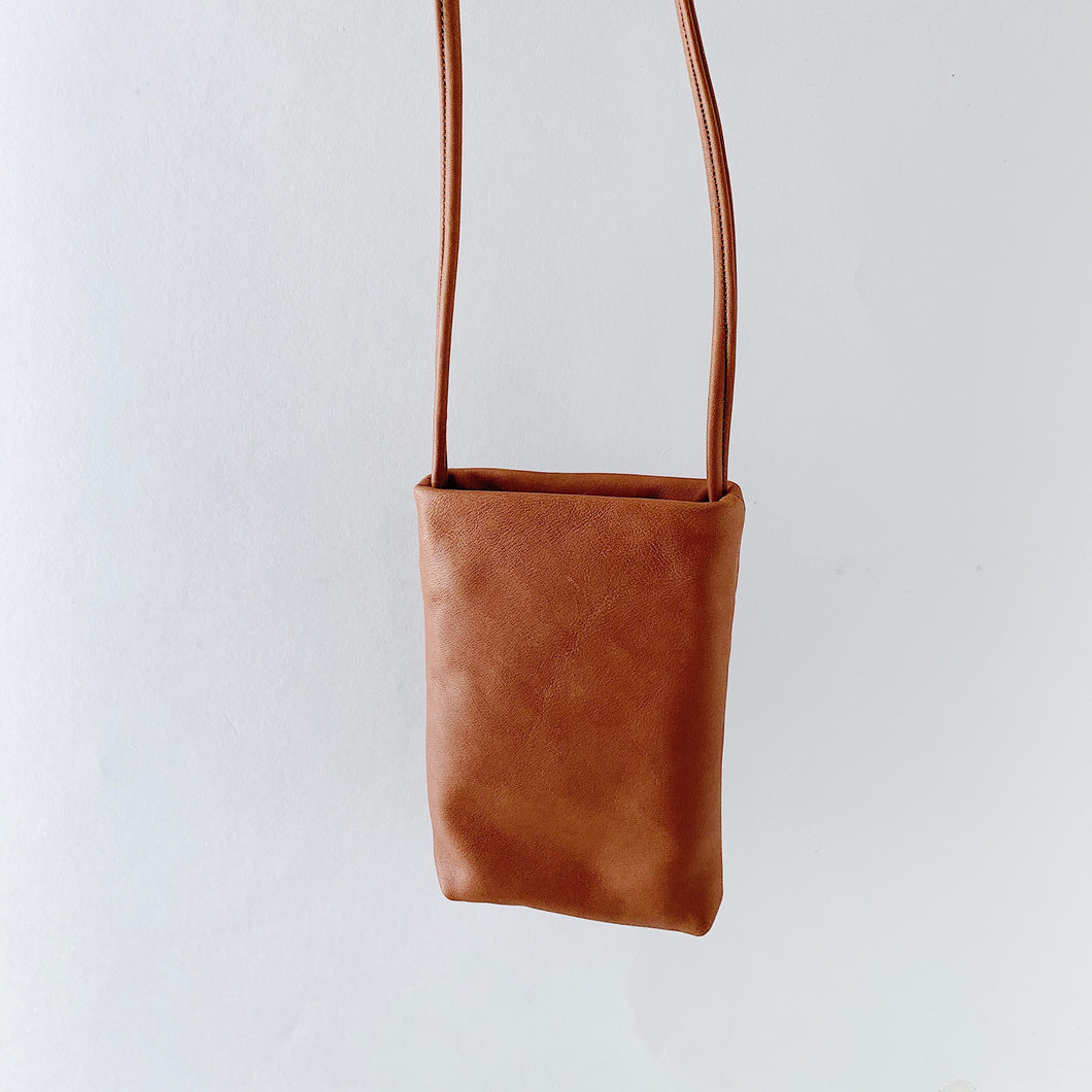 Sven | Small Leather Bag in Cognac