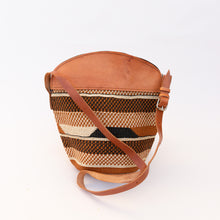 front view of fine weave bag