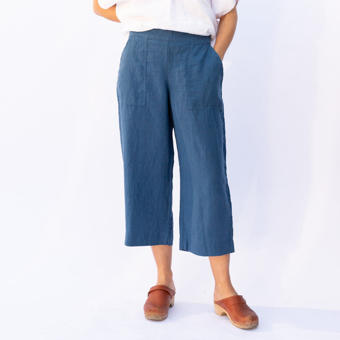 front view flax kate pant in blue