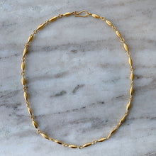 "Load image into Gallery viewer, Jane Diaz | 18"" Rice Chain Necklace"