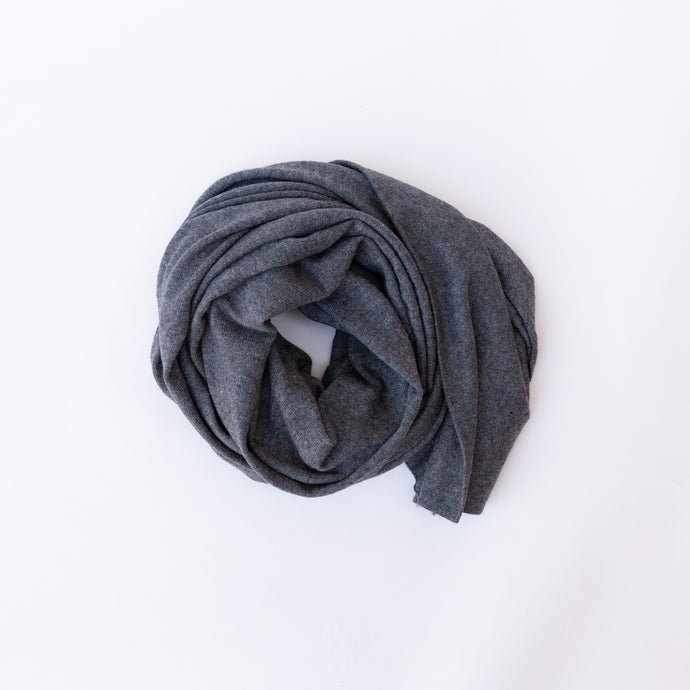 grey cashmere scarf in circle