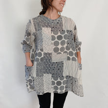 Load image into Gallery viewer, Mona Lisa | Patchwork Pocket Tunic