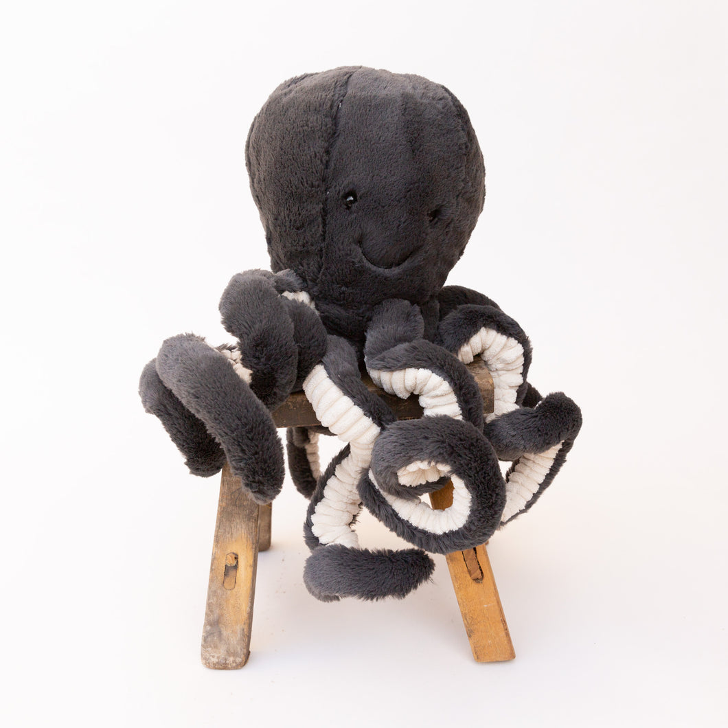 front view inky octopus by jellycat