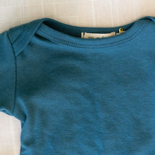close up view mabo long sleeve tee in azure