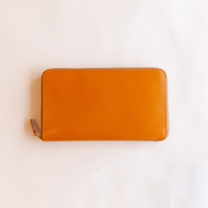 zip-around wallet in cognac
