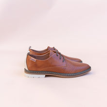 side view of brandy pikolinos oxford