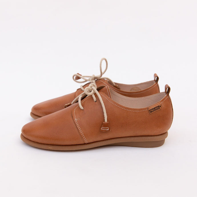 side view of calabria lace-up in brandy
