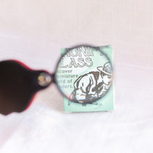 front view of pocket magnifying glass toy