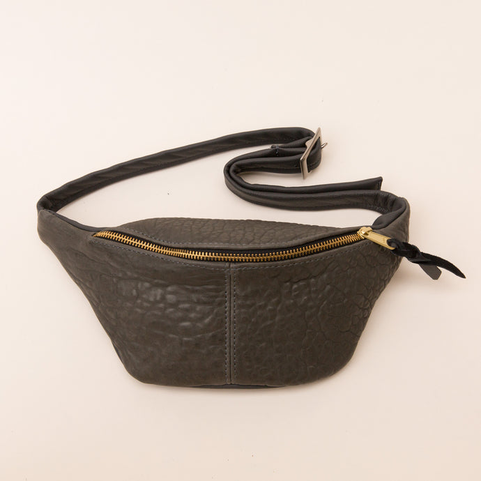 Sven | Leather Fanny Pack in Charcoal