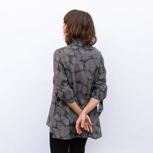 back view terra wire collar blouse in grey leaf print