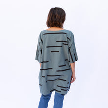 back view uzi tunic in teal stripe