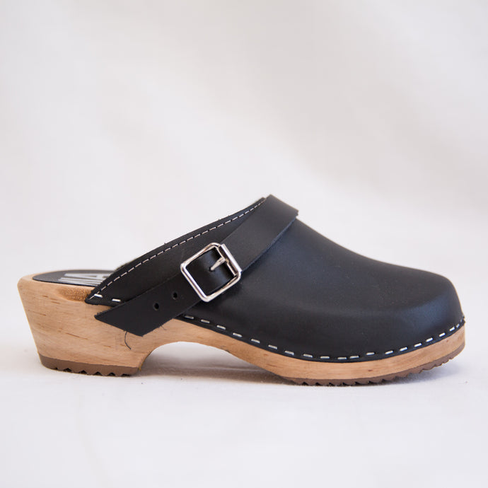 MIA | Alma Clog in Black