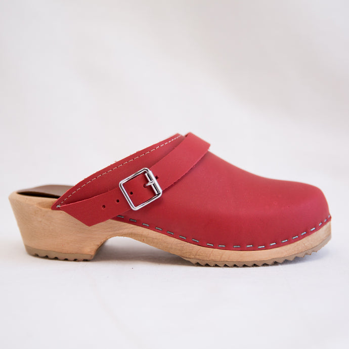 Alma Clog | Red