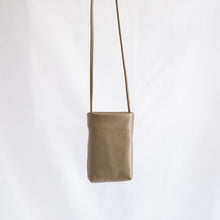 Sven | Small Leather Bag in Olive