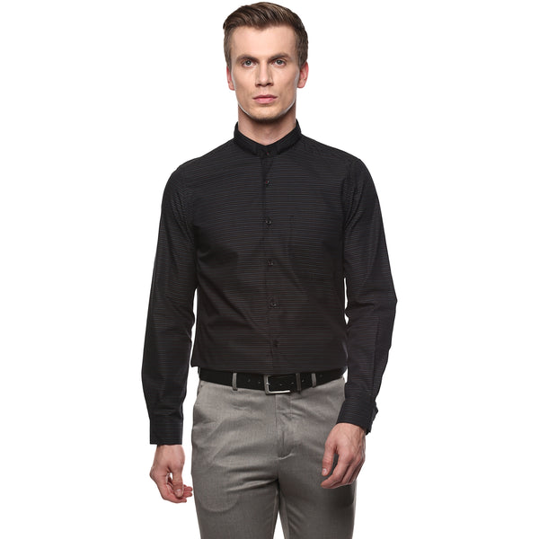 Turtle Men's Black Structured Formal Shirt With Two Way Detachable Band Collar