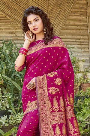 Buy Magenta purple zari multi butta woven banarasi saree online -karagiri