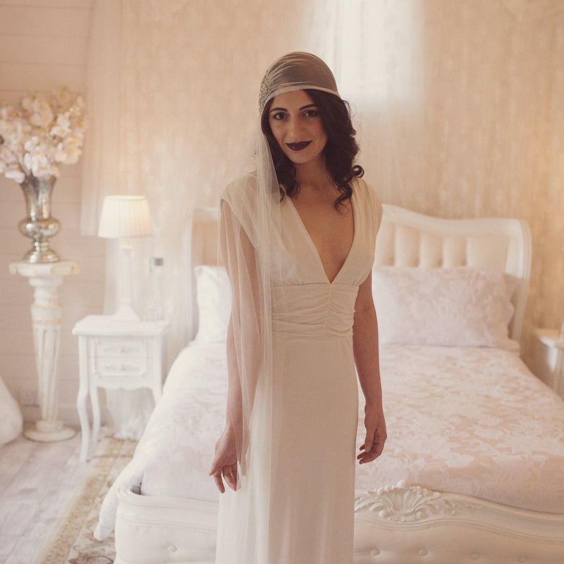 MINA | Soft tulle veil cap with side veil