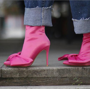 Icconic Bow Boot-Pink