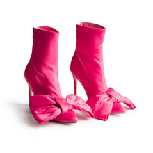 ICCONIC BOOT PINK SATIN