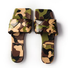QUILTED SLIDES CAMO